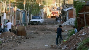 """Desde diciembre de 2015, la pobreza aumentó un 5 por ciento"""""""