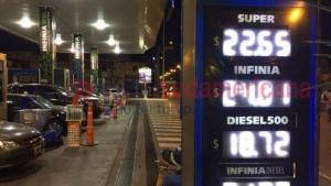 YPF ya aplica la suba de combustible en Corrientes