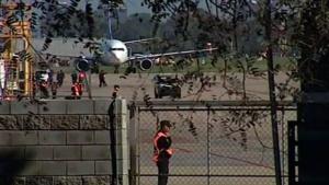 Llegó a Buenos Aires el avión con el cuerpo hallado en el río Chubut