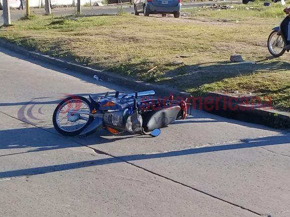 Motociclista alcoholizado cayó y generó un caos en el tránsito