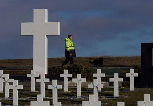 Comenzarán a notificar a familiares de los 88 soldados identificados