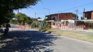 Intento de robo desató fuerte pelea vecinal: un joven terminó herido