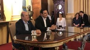 """Valdés pidió a ministros """"trabajar por el millón de correntinos"""""""