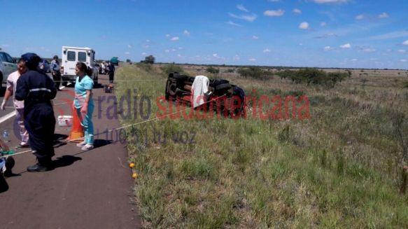 Funcionario de Misiones volcó en Paso de los Libres: hay tres muertos