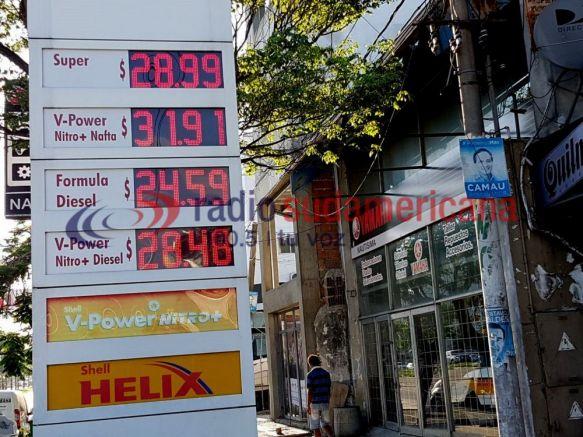 Tras la suba de YPF, Shell y Oil retocaron precios de combustibles