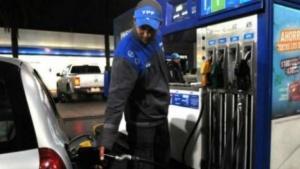 YPF y Shell aplicaron el aumento del 5% en los combustibles