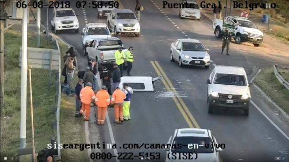 Accidente sobre el puente genera serias demoras en el paso vehicular