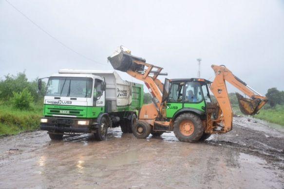 Capital: realizan limpieza y desobstrucción de desagües