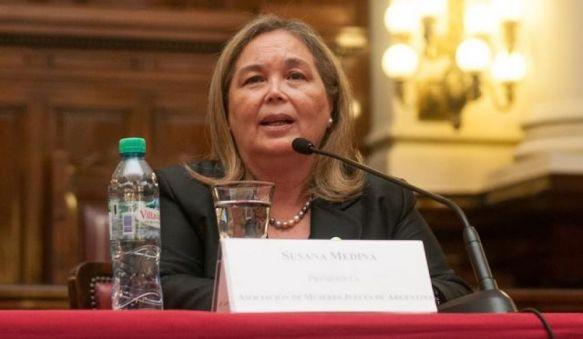 """""""No se entiende que en las Cortes no haya igualdad de género"""""""