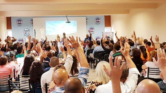 AMET: contundente respaldo de delegados a quienes negocian salarios con el Gobierno
